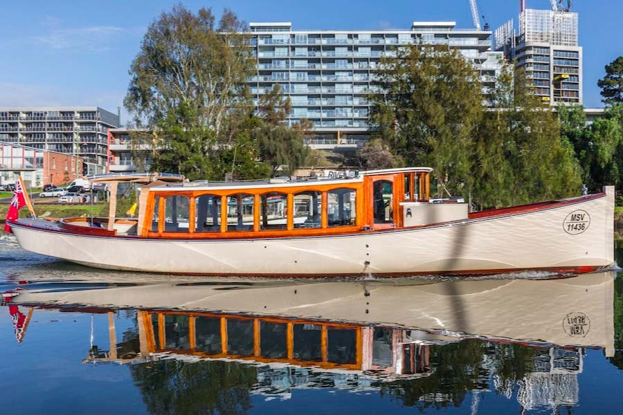 yarra river cruises with departures at sunrise