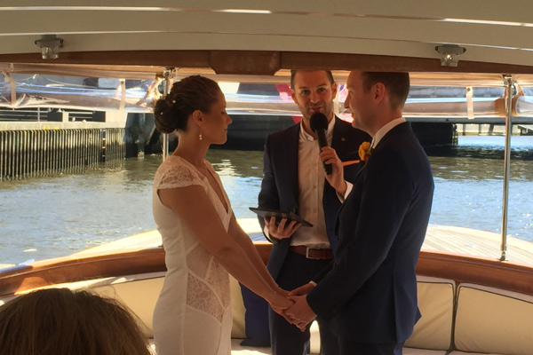yarra river hire boats for weddings