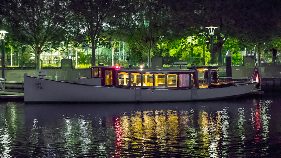 evening dinner river boat trips melbourne
