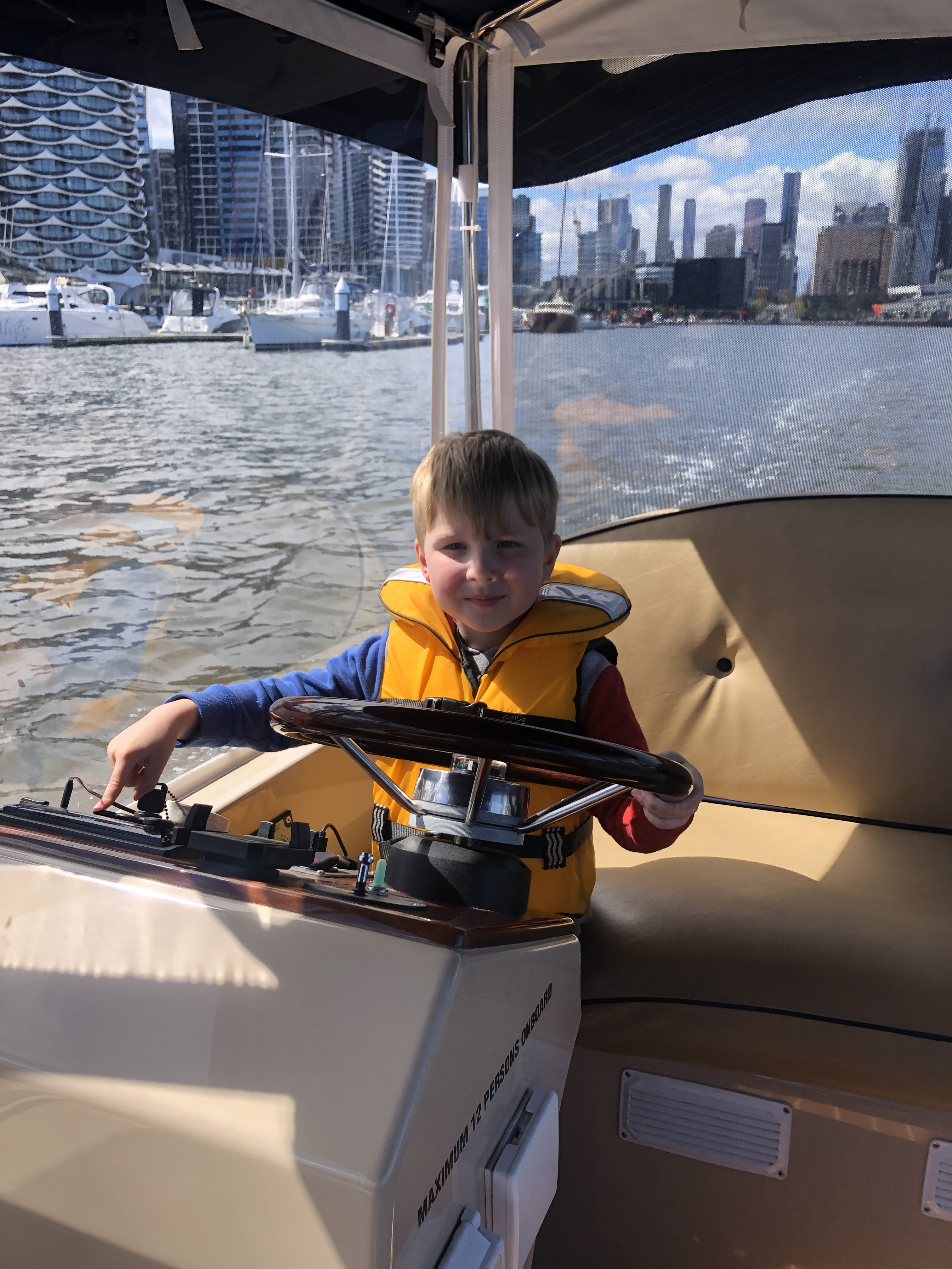 Self-drive boat hire in Melbourne