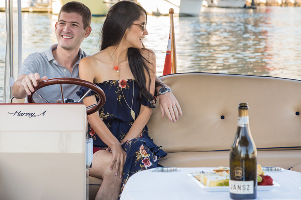 couples romantic yarra river cruises